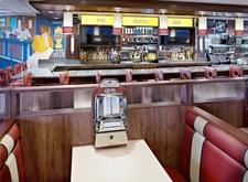 Silver Diner Waldorf - Bar